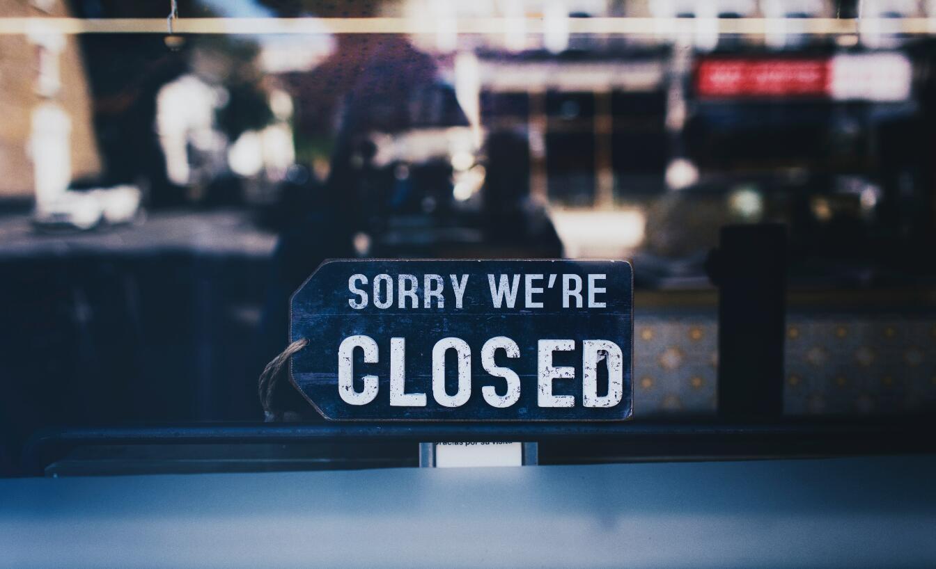 加拿大保险公司倒闭
